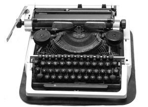 Typewriter by TeJyng on Pixabay at https://pixabay.com/en/black-typewriter-old-retro-vintage-686928/