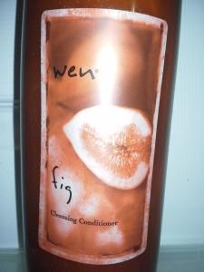 Bottle of Wen fig cleansing conditioner