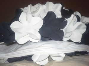 Black and white floral retro swimming cap