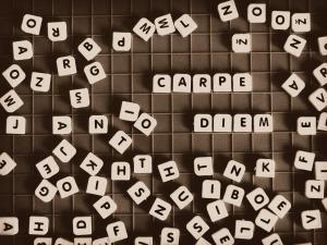 Carpe Diem letter tiles by FabyGreen on Pixabay at https://pixabay.com/en/quotes-carpe-diem-word-diem-729173/