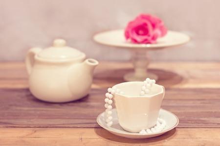 Tea party by karolyn83 on Pixabay at https://pixabay.com/en/tea-party-tea-cup-vintage-1138912/